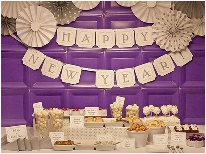 Mesa de postres para a o nuevo pasteles d 39 lul - Decoracion fin de ano ...
